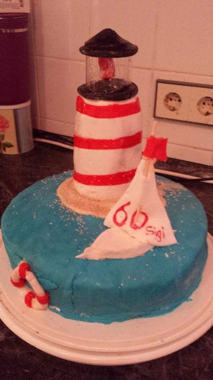 Leuchtturm Torte Foodlicious